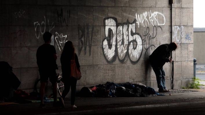 Berlin Bahnhof Zoo Senatorin Plant Neues Zentrum Fur Obdachlose