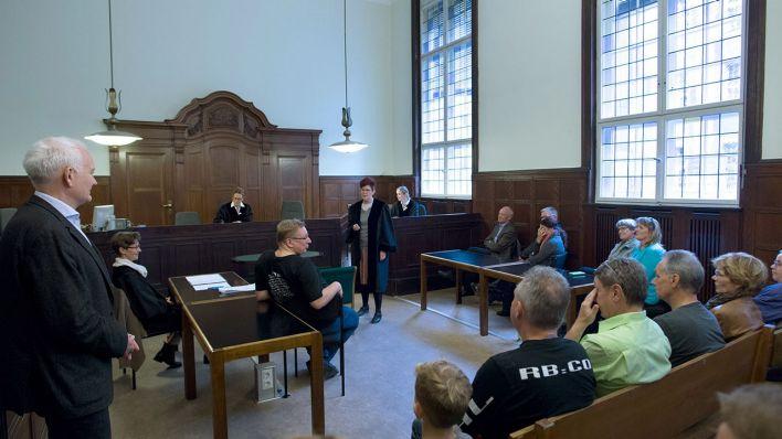 Tag der offenen tür berlin 2017  Tag der offenen Tür im Kriminalgericht - Tausende Besucher erleben ...