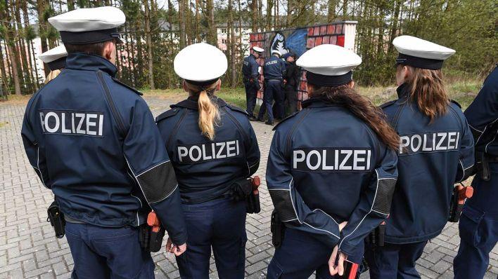 Nachwuchsmangel Berliner Polizei Verlängert Wieder Bewerbungsfrist
