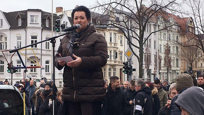 Hunderte folgen Aufruf zu rechter Demonstration