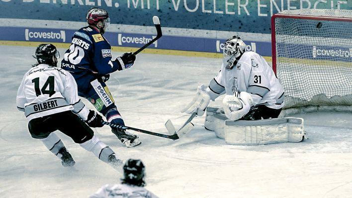 Del Playoffs Eisbären Gewinnen Drittes Halbfinalspiel Gegen