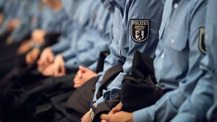 Rund 600 Stellen Für Schupo Und Kripo Zu Besetzen Berliner Polizei