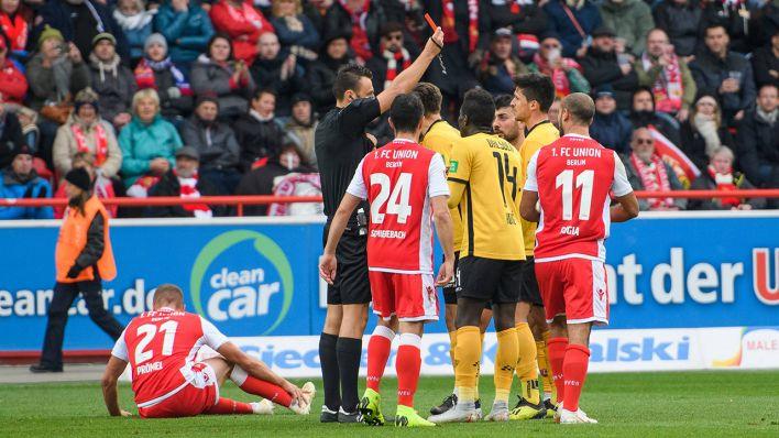 2 Fussball Bundesliga Union Kann Dresden Trotz Uberzahl