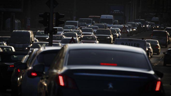 Umweltsenatorin Günther Auch Euro 6 Dieselautos Droht Fahrverbot In