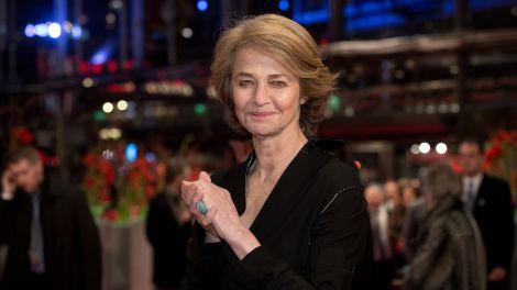 """Archiv - Die britische Schauspielerin Charlotte Rampling am 06.02.2015 in Berlin während der 65. Internationalen Filmfestspiele zur Premiere des Films """"45 Years""""."""
