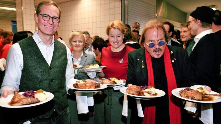 Weihnachtsessen Dortmund.Frank Zander über Weihnachtsessen Mit Obdachlosen Nachher Sind Wir