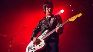 Johnny Marr bei einem Konzert am 16. Mai 2018 in London (Quelle: dpa/Photoshot)