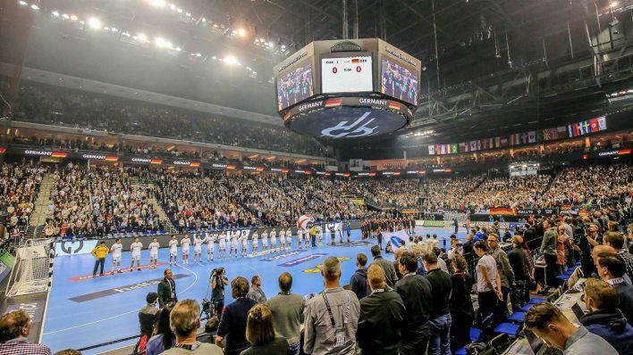 Berlin feiert den Start der Handball WM Beim Public