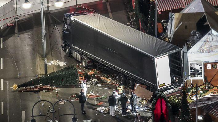 Weihnachtsmarkt Berlin 2019.Bericht Zu Breitscheidplatz Anschlag Regierung Soll Verwicklung Von