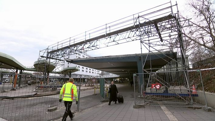 Wartehalle Wird Auch Neu Gebaut Zob Umbau Dauert Noch Bis 2022 Rbb24