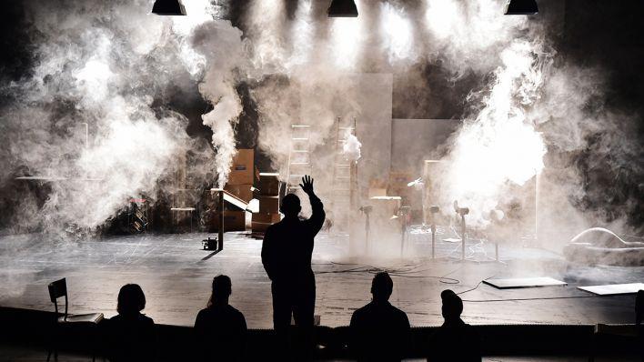 Bildergebnis für thom luz girl from the fog machine factory