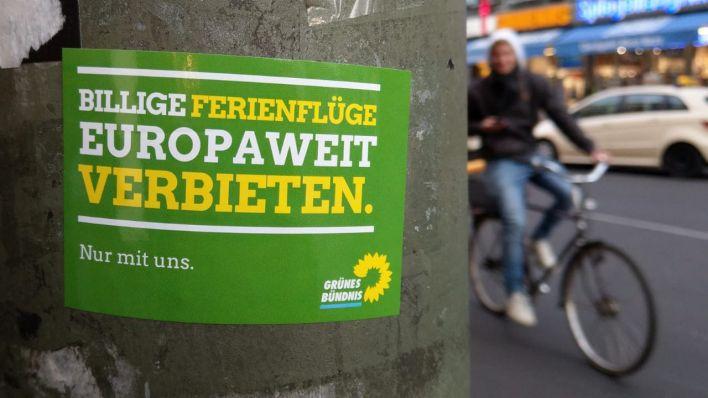 Fake Aufkleber Stiften Verwirrung Im Europa Wahlkampf Rbb24