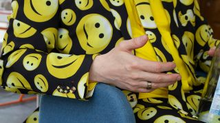 Dirk mit Smiley-Jackett (Quelle: rbb|24/Fanny Steyer)