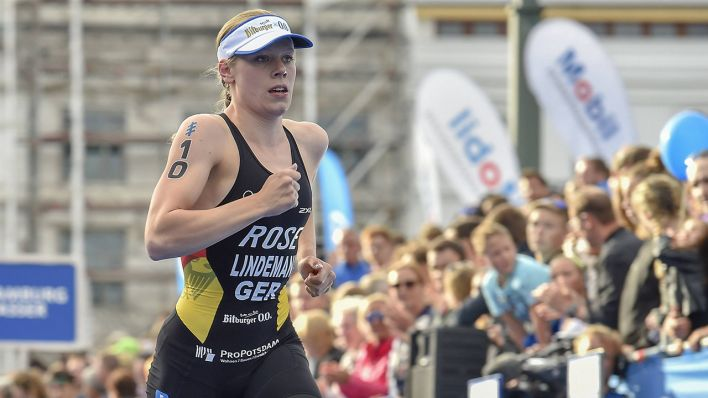 Laura Lindemann läuft beim Triathlon in Hamburg (Quelle:imago images / Beautiful Sports)
