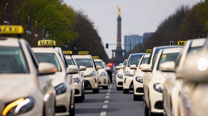 taxifahren in berlin wird deutlich teurer anstieg um. Black Bedroom Furniture Sets. Home Design Ideas