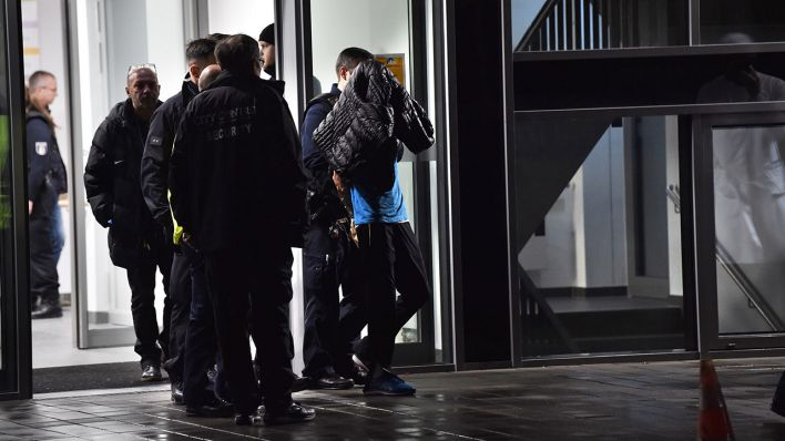 Attacke auf Fritz von Weizsäcker: Schwer verletzter Polizist bedankt sich für Unterstützung