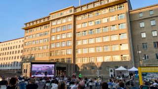 Open Air Kino in der Stasizentrale (Quelle: rbb/Bienert)