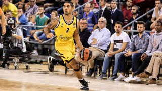 Peyton Siva im Euroleague-Spiel von Alba Berlin in Barcelona. / imago images/ZUMA press
