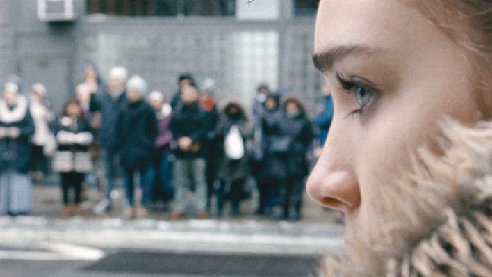 "Talia Ryder als Skylar in einer Szene des Films ""Never Rarely Sometimes,Always"" (dpa/Focus Features Berlinale)"