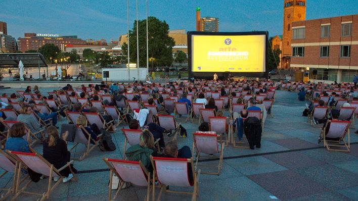 Open-Air-Premiere im Arte Sommerkino Kulturforum (Quelle: Imago/C. Behring)
