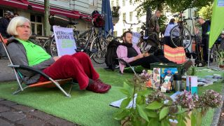 Teilnehmer des Parking Day 2020 in Berlin (Quelle: rbb|24)