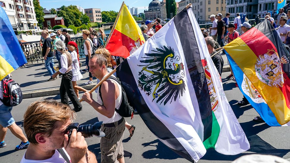 Demonstranten am 01.08.2020 in Berlin (Quelle: dpa/Marc Vorwerk/sulupress)