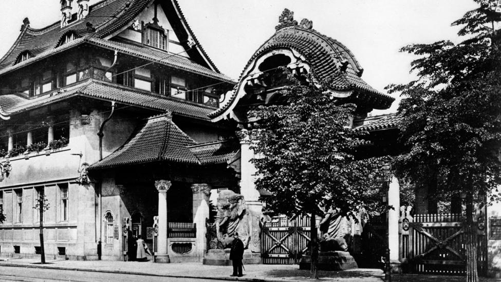 Das Elefantenportal des Zoologischen Garten vor 1920 in Berlin .(Quelle: dpa/akg-images)