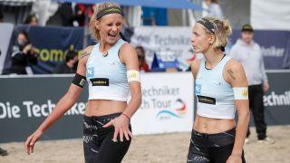 Laura Ludwig (r.) und Margareta Kozuch (l.) jubeln über den Finaleinzug bei den Deutschen Meisterschaften. Quelle: imago images/Beautiful Sports