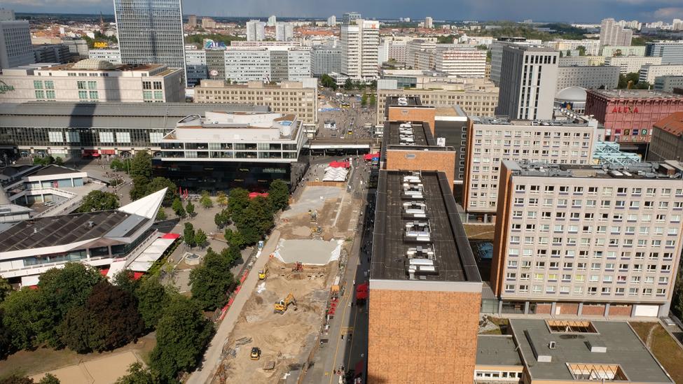 Blick auf den Alexanderplatz vom Roten Rathaus am 31.08.2020. (Quelle: rbb 24/Caroline Winkler)