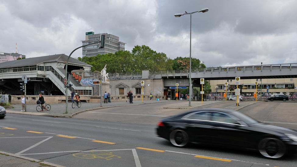 Hallesches Tor, dahinter Mehrinplatz, in Berlin-Kreuzberg am 27.08.2020. (Quelle: rbb|24/Caroline Winkler)