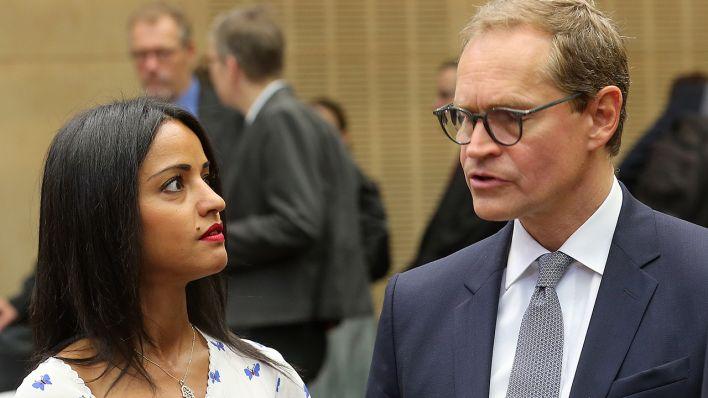 Müller setzt sich bei SPD-Befragung für Bundestagswahl durch