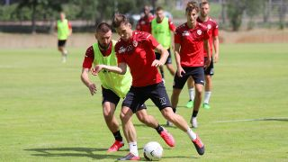 Energie Cottbus im Training (Quelle: imago images/Steffen Beyer)