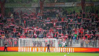 Union-Fans im Testspiel gegen Hannover 96. Quelle: imago images/Andreas Gora