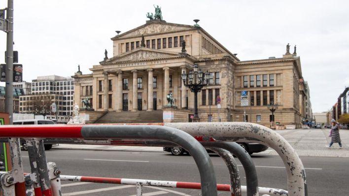 Gottesdienst-und-Gedenkfeier-f-r-die-Pandemie-Toten-in-Berlin