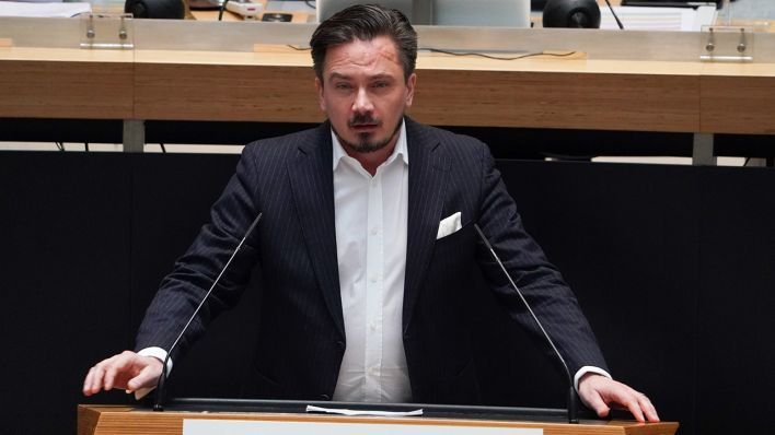 Ex-FDP-Abgeordneter-Luthe-tritt-als-Freie-W-hler-Spitzenkandidat-an