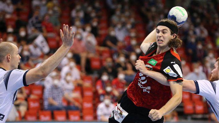 33:29-Auswärtserfolg in der Handball-Bundesliga: Füchse Berlin schlagen Tabellenführer Flensburg