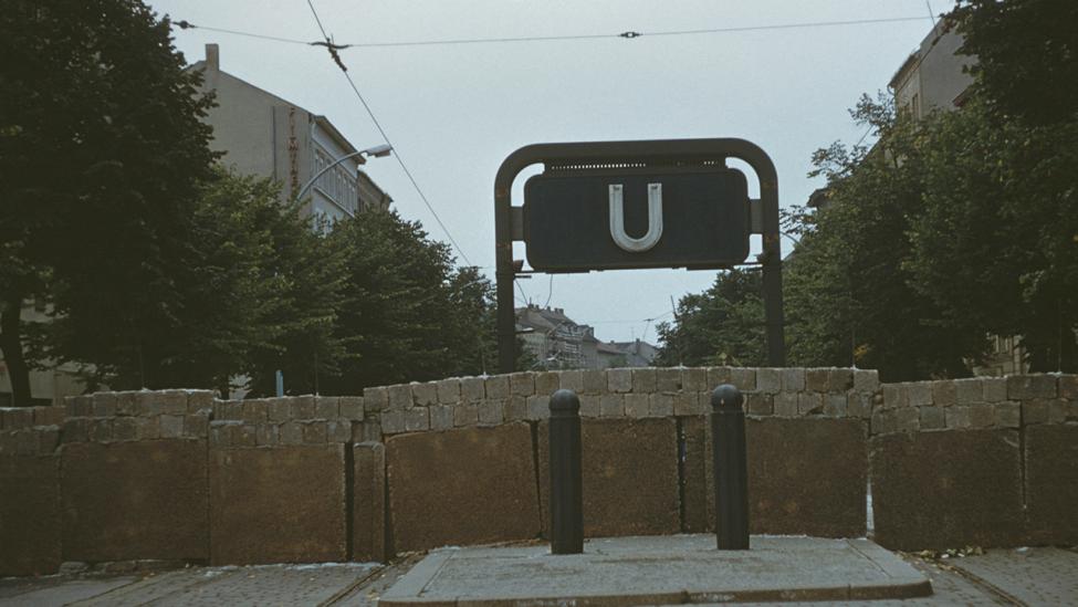 Sektorengrenze an der Bernauer Straße in Berlin-Mitte am 23. August 1961. (Quelle: dpa/Archiv Boelte)