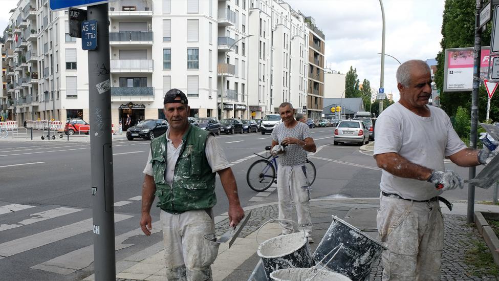 Maler am ehemaligen Grenzübergang Heinrich-Heine-Straße der Sebastianstraße in Berlin Kreuzberg am 07. August 2021. (Quelle: rbb|24/Caroline Winkler)