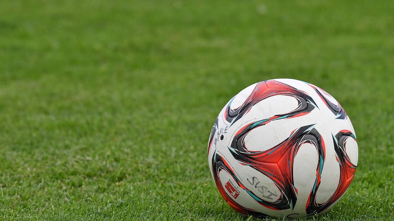Fußball, Symbolbild (imago images/Melanie Zink)
