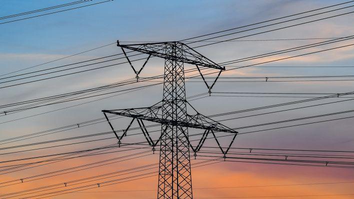 Erneuerbare Energien: Netzbetreiber startet Bau von neuer Hochspannungsleitung bis zur Uckermark