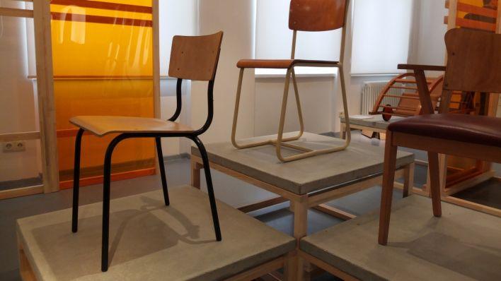 Bauhaus Zum Ausstellung EisenhüttenstadtVom Mitropa In Kännchen c54LR3qAj