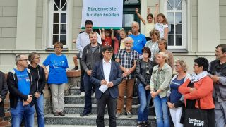 Kinder in Seelow mit Bürgermeister