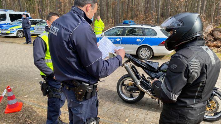 Motorradkontrollen Werbellinsee Polizei