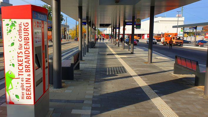 Cottbuser Bahnhofsvorplatz wird zum Drehkreuz